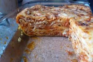 Domácí těstoviny: upečené lasagne na řezu
