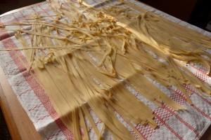 Domácí těstoviny: široké nudle